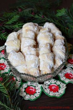 Romanian Desserts, Romanian Food, Sweets Recipes, Cake Recipes, Cooking Recipes, Peach Cookies, Homemade Sweets, Cata, Food Cakes