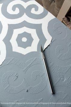 Fenster Basteln Papier DIY DIN A4 Kinder Wandgestaltung Buddha 2 Perfekt geeignet f/ür Textilgestaltung Scrapbooking Ideen mit Herz Laser-Kunststoff-Schablone