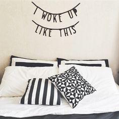 #Wordbanner #tip: I woke up like this - Buy it at www.vanmariel.nl - € 11,95 - Foto @lydiabakes