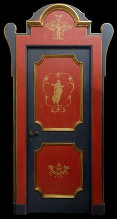 this door surround causes the door to look regal!