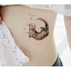 """24 Tender Animal Tattoos That Made Us Go """"Aww"""" - tattoo - Tiere Sexy Tattoos, Unique Tattoos, Beautiful Tattoos, Body Art Tattoos, Sleeve Tattoos, Tatoos, Modern Tattoos, Small Tattoos, Animal Tattoos For Women"""