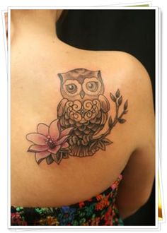 Best Owl Tattoos for Guys for the arm, thighs, wrist, chest or shoulders. Cute, small and colorful owl tattoos for girls for inspiration and ideas. Head Tattoos, Mom Tattoos, Cute Tattoos, Flower Tattoos, Body Art Tattoos, Tattoos For Guys, Sleeve Tattoos, Tatoos, Gorgeous Tattoos