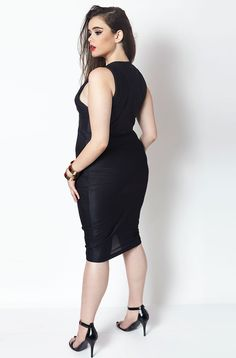 FINAL SALE - NO REFUNDS/RETURNS Rebdolls is an unapologetic apparel brand that produces missy and plus fashion in sizes 0 to 32. Established in NYC, the brand understands that a woman's closet must co