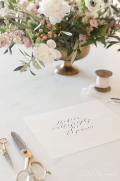 learn modern calligraphy with this easy to follow step by step video series Calligraphy Lessons, Calligraphy For Beginners, How To Write Calligraphy, Calligraphy Letters, Modern Calligraphy, Caligraphy, Typography Fonts, Hand Lettering, Lettering Ideas