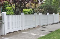 Garden Privacy, Privacy Landscaping, Front Yard Landscaping, Front Gates, Front Yard Fence, Fenced In Yard, Privacy Fence Designs, Carport Designs, White Picket Fence