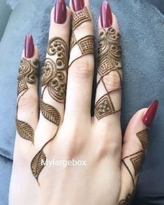 Mehndi or Henna for Fingers Designs Latest Henna Designs, Henna Tattoo Designs Simple, Floral Henna Designs, Finger Henna Designs, Henna Art Designs, Mehndi Designs 2018, Modern Mehndi Designs, Mehndi Design Pictures, Mehndi Designs For Girls
