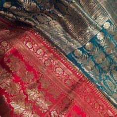 BENARAS Sarees for life. These gorgeous Benarsi silk sarees has just been finished. When it came over from the workshop I was taken aback . It's so beautiful almost like a piece of art.