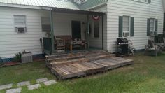Pallet porch steps in process.