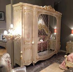"""im-prada–u-nada: """"bedroom goals """" Dream Rooms, Dream Bedroom, Royal Bedroom, Shabby Chic Zimmer, Room Goals, Shabby Chic Bedrooms, Aesthetic Rooms, Luxurious Bedrooms, Luxury Rooms"""