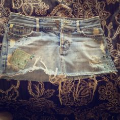 Size 0 Hollister denim skirt Beautiful beadwork! Hollister Skirts