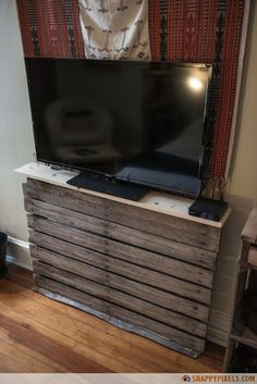 107 Used Pallet Projects and Ideas - Snappy Pixels very simple