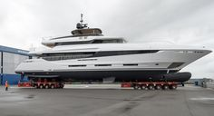 Mangusta Oceano 42 hits the water at Overmarine Group