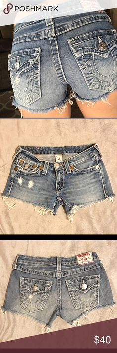 True Religion Cut Off Denim Shorts - Size 26 True Religion cut off jean / Denim shorts! They were originally jeans but I purchased them as shorts. Love the original pockets & the light Denim color. Size 26. These are true to size! No flaws. Very good condition. I love these shorts so much but they are too tight on me now. 💖 True Religion Shorts Jean Shorts