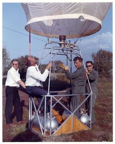 ¿Desde cuando se vuela en globo de aire caliente? http://www.siempreenlasnubes.com/Blog/wordpress/?p=810 Ven a #volarenglobo con Siempre en las nubes