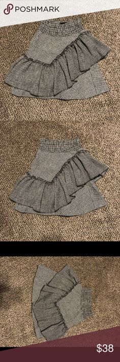 Maje Fit and Flare Lurex Knit Skirt Maje fit and flare lurex knit skirt, Size 1, like NEW NO signs of wear Maje Skirts A-Line or Full