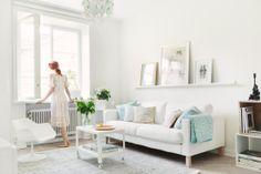 White, elegant living room, Via Fantastic Frank, Styling & photos: Kangärde & Silversaga