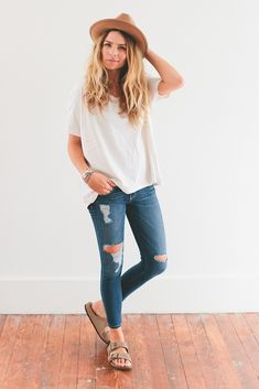 simple tee, distressed ankle denim, birks