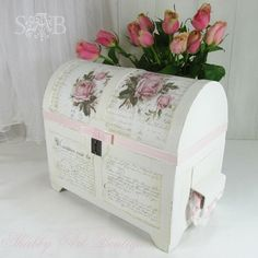 Shabbilicious vintage treasure chest - Shabby Art Boutique