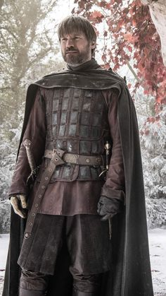 Jaime Lannister m Fighter Med Armor Cloak Sword deciduous forest farmland winter snow GoT lg Game Of Thrones 4, Game Of Thrones Poster, Jaime And Brienne, Jaime Lannister, Cersei Lannister Costume, Game Of Throne Daenerys, Nikolaj Coster Waldau, Beautiful Costumes, Red Hood
