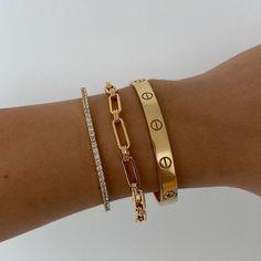 Hand Jewelry, Trendy Jewelry, Cute Jewelry, Luxury Jewelry, Gold Accessories, Fashion Accessories, Fashion Jewelry, Gold Aesthetic, Accesorios Casual
