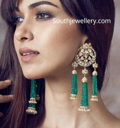 Add a little glam to your Indian wedding outfit by wearing these chic earrings. You can pair these trendy and classy earrings with any ethnic attire. OTT earrings will surely take your reception/haldi/mehndi/wedding outfit a notch higher. Jewelry Design Earrings, Indian Earrings, Emerald Earrings, Pearl Stud Earrings, Pendant Earrings, Bridal Earrings, Indian Jewelry, Bridal Jewelry, Earrings Photo
