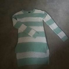Mint Comfy Striped Sweater Never worn before. Just purchased from Rue 21 this is a High Lo sweater so great to wear with jeans or leggings. I suggest a tank under as it does have holes all over but not super noticeable unless wearing a bright colored bra. Rue 21 Sweaters Crew & Scoop Necks