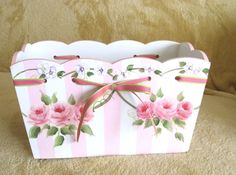 SWEET SCALLOPED PINK AND WHITE BOX WITH HP ROSES - COTTAGE SHABBY