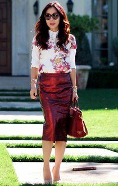 9.13 fall for red wine (Zara floral sweatshirt + ASOS metallic pencil skirt + Christian Louboutin nude pumps + Prada bag + Karen Walker sunnies)