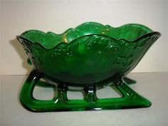 "Mosser Glass 9"" EMERALD GREEN VICTORIAN CHRISTMAS SANTA SLEIGH CANDY DISH BOWL on Rummage"