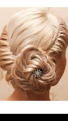 Love Wedding hairstyles for medium length hair? wanna give your hair a new look ? Wedding hairstyles for medium length hair is a good choice for you. Here you will find some super sexy Wedding hairstyles for medium length hair, Find the best one for you, Love Hair, Great Hair, Gorgeous Hair, Awesome Hair, Hairstyles Haircuts, Pretty Hairstyles, Wedding Hairstyles, Amazing Hairstyles, Wedding Updo