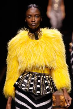 Trends: Fur, Balmain // Fall fashion 2014: 231 photos of the top 10 trends of the season http://www.fashionmagazine.com/fashion/2014/08/18/fall-fashion-2014-top-10-trends/