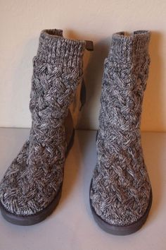 9539e325cb UGG Australia Women s ISLA Knitted Boots Gray Size 10 - NEW  UGGAustralia   MidCalfBoots Knit