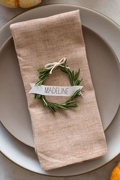 A mini wreath = a great place setting | Brides.com