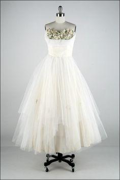 Vintage 1950s Wedding Dress  Ivory Tulle  Millinery by millstreetvintage, $225.00