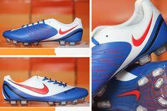 Jual sepatu bola nike streal 360 putih biru murah b9fceb849bcc2