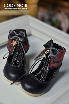 See original image Sock Shoes, Cute Shoes, Me Too Shoes, Shoe Boots, Kawaii Shoes, Kawaii Clothes, Cute Fashion, Fashion Boots, Stylish Outfits