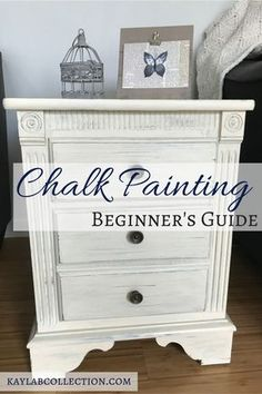 diy furniture couch – Easy DIY Chalk Paint Tutorial for Beginners Diy Furniture Videos, Diy Furniture Table, Diy Furniture Plans, Repurposed Furniture, Furniture Projects, Furniture Stores, Cheap Furniture, Luxury Furniture, Trendy Furniture