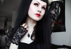 Mothmouth Through the Looking Glass goth gothic vampire alternative lolita dark makeup dress skirt heels beautiful pretty sexy hot girl woman fetish