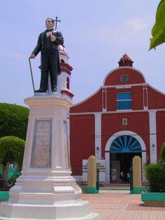 Monumento a Benito Juárez en Palizada, Campeche