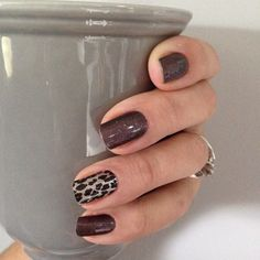 Gilded Leopard and After Dark Www.karenskraykra… Gilded Leopard and After Dark Www. Jamberry Nails, Nail Manicure, Diy Nails, Cute Nails, Pretty Nails, Cheetah Nails, Polka Dot Nails, Leopard Nail Art, Dipped Nails