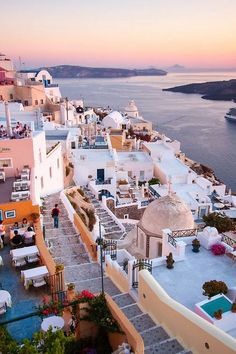 """I can defiantly recommend Santorini, Greece. I have been to Greece many times """"island-jumping"""" and every time have i visit Santorini. Places Around The World, Oh The Places You'll Go, Travel Around The World, Places To Travel, Travel Destinations, Places To Visit, Around The Worlds, Holiday Destinations, Dream Vacations"""