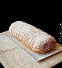 Amor polenta ovvero il dolce lombardo della tradizione culinaria di Varese. Ricordo molti anni fa che un caro amico di famiglia originario del luogo, ci deliziava spesso con i dolci tipici di quella z
