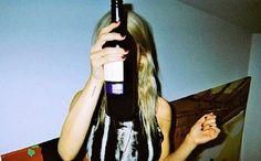 10 bons vins rouges que tu trouveras à la SAQ pour moins de 12$ | Narcity Montréal