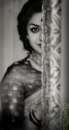 Teaser Of Mahanati The Biopic On Savitri Releasing Today - Social News XYZ Photos: First Look Still & Poster from The Biopic On Savitri Portrait Photography Poses, Photography Poses Women, Indian Photography, Wedding Photography Poses, Outdoor Photography, Selfie Photography Ideas, Paint Photography, Portraits, Dark Photography