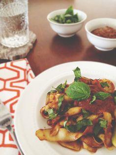 real raw kitchen: RECIPE: savory pasta with marinara sauce