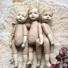 いいね!764件、コメント47件 ― Авторская Кукла✨ Ника Радюкさん(@nika.radyuk)のInstagramアカウント: 「Небольшой анонс. Спешу сделать ещё трёх куколок. Мальчик и две девочки. Специально для тех, кому…」