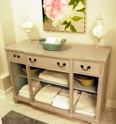 An old dresser transformed into a great storage in the bath!♥ (via www.bellemaison23.com)