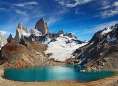 Laguna de Los Tres and mount Fitz Roy Los Glaciares National Park