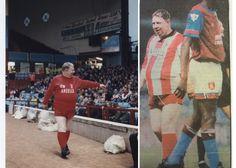 """Stoke City v Newcastle United: Standing ovation for Marvellous Neil """"Nello"""" Baldwin Stoke City Fc, Standing Ovation, Newcastle, Baseball Cards"""