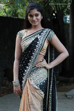 Sexy Saree and Navel Show - Most viewed pictorial on MB! - Page 5020 Indian Dresses, Indian Outfits, Indian Clothes, Tamil Actress Photos, Saree Dress, Saree Styles, Beautiful Saree, India Beauty, Indian Girls